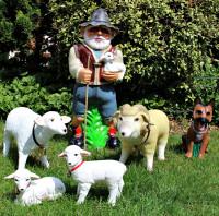 Deko Garten Figur Gartenfigur Hirte mit Schäferhund, schafbock, Schaf, Lämmlein aus Kunststoff