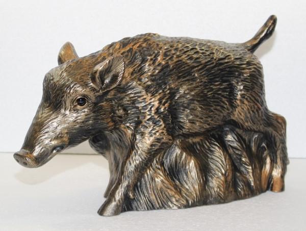 Deko Figur Frischling Wildschwein Gartenfigur stehend H 24 cm Dekofigur Kupfer-Antik aus Kunststoff