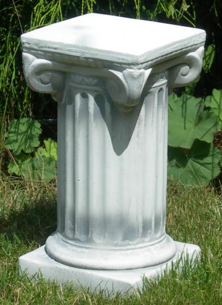 Beton Figur Skulptur ionische Säule H 33 cm Dekofigur Statue Gartenskulptur