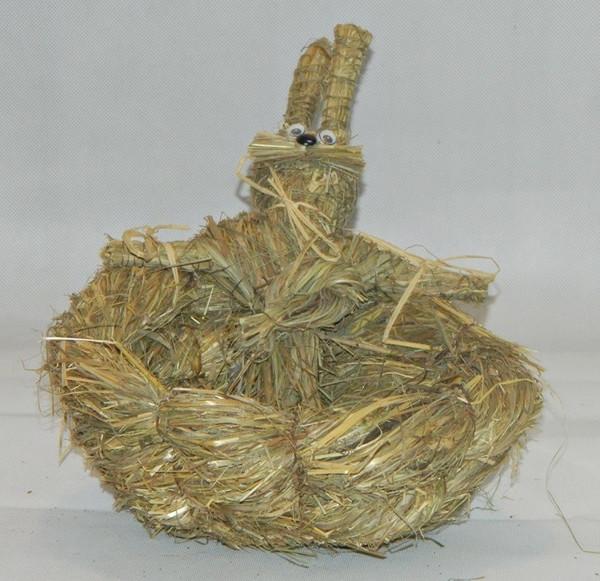 Deko Figur Hasenkorb zum Dekorieren 18 cm Tierfigur aus Naturmaterial Heu zum Basteln Heudeko