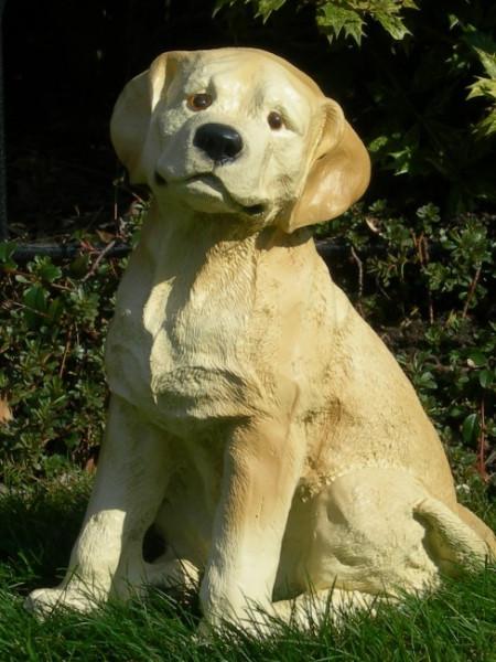 Dekorationsfigur Hund Labrador Retriever Welpe H 36 cm Dekofigur aus Kunstharz