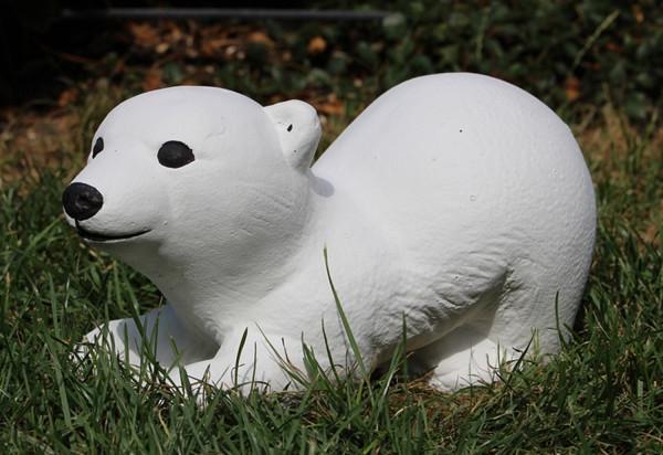 Beton Figur kleiner Eisbär H 13 cm Dekofigur und Gartenfigur