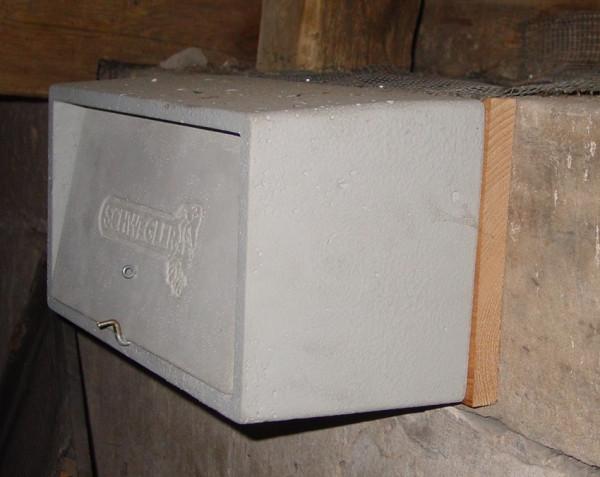 Naturschutzprodukt Mauersegler-Beobachtungskasten Nr. 15 mit Grundkasten und Nistmulde