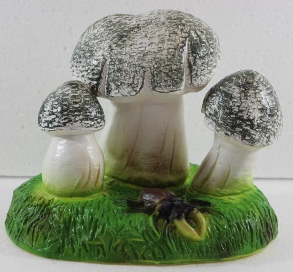 Deko Garten Figur Dekofigur Gartenfigur drei Pilze mit Hirschkäfer aus Kunststoff Höhe 15 cm