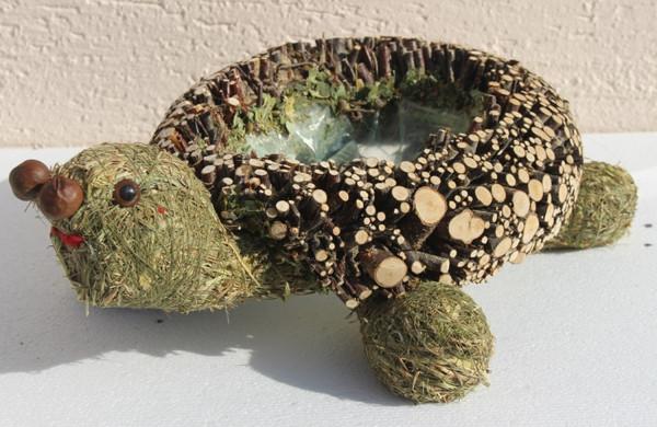 Deko Figur Schildkröte liegend L 35 cm Figur zum Bepflanzen aus Naturmaterial Heu und Reisig