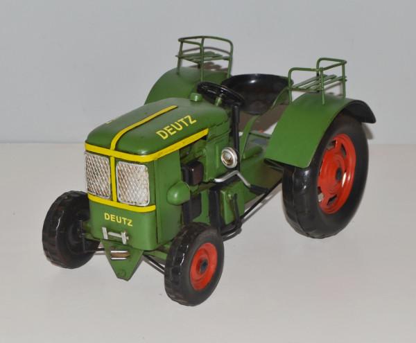 Blechtraktor Nostalgie Modellauto Oldtimer Marke Deutz Traktor grün Modell F1L514 aus Blech L 26 cm