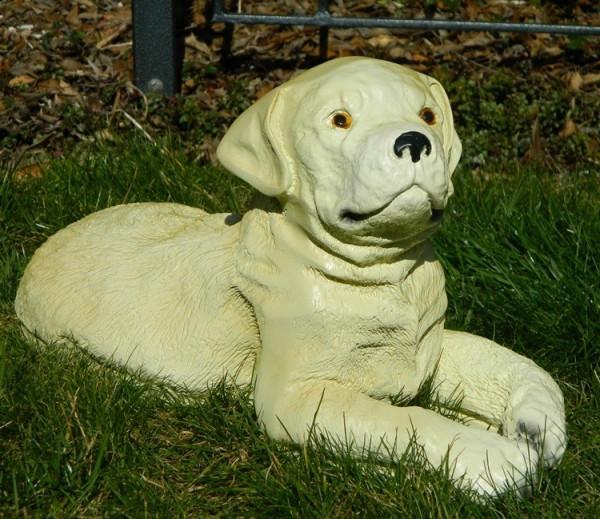Dekorationsfigur Hund Labrador Retriever Welpe H 21 cm Dekofigur aus Kunstharz