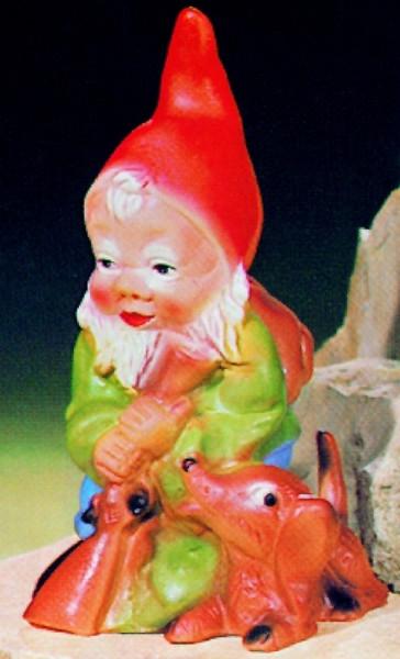 Gartenzwerg als Jäger Figur Zwerg H 24 cm Gartenfigur aus Kunststoff