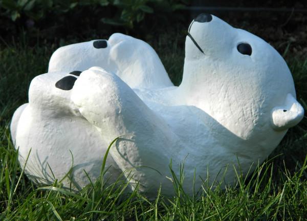 Beton Figur kleiner Eisbär H 18 cm Dekofigur und Gartenfigur