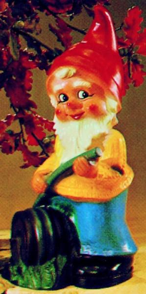Gartenzwerg mit Schlauch Figur Zwerg H 49 cm Gartenfigur aus Kunststoff