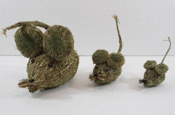 Deko Heu Figur Maus 3-er Satz Länge 5, 7, 12 cm Figuren aus Naturmaterial Heu zum Basteln Heudeko