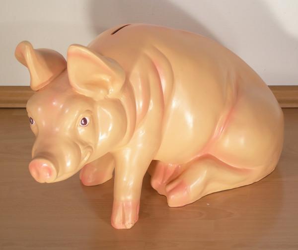 Dekorationsfigur Schwein sitzend als Spardose H 37 cm Figur aus Kunstharz