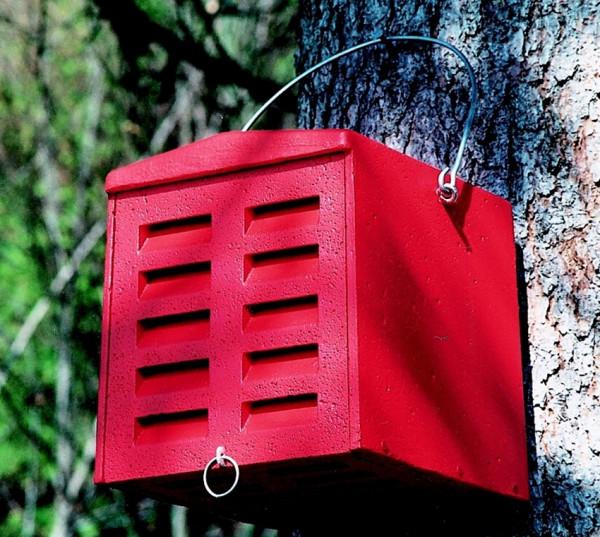 Naturschutzprodukt Florfliegenquartier aus Holzbeton