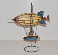 Blechmodell Nostalgie Modellflugzeug Oldtimer Zeppelin Luftschiff Modell auf Ständer Blech L 37 cm