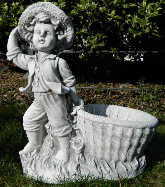 Beton Figur Gartenfigur Junge mit Pflanztopf H 40 cm Dekofigur und Gartenskulptur zum Bepflanzen